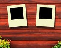 Foto des hölzernen Hintergrundes und 2 Augenblicks Lizenzfreies Stockfoto