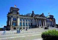 Foto des Reichstags-Gebäudes in Berlin, Deutschland lizenzfreies stockfoto