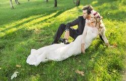 Foto di arte delle coppie rilassate di matrimonio Fotografia Stock Libera da Diritti
