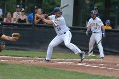 Foto di azione del gioco di baseball dalla lega di baseball di Intercounty fotografie stock libere da diritti