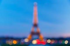 Foto di Bokeh della torre Eiffel alla notte a Parigi Immagini Stock Libere da Diritti