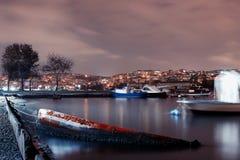 Foto di notte di bosphorus di Ä°stanbul Fotografia Stock Libera da Diritti