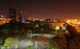 Foto di notte di Grand Rapids, orizzonte di MI Fotografia Stock Libera da Diritti
