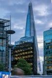 Foto di notte il grattacielo del coccio a Londra, Inghilterra, Regno Unito Fotografia Stock