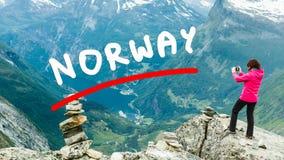 Foto di presa turistica dal punto di vista Norvegia di Dalsnibba Fotografie Stock Libere da Diritti