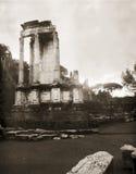 Foto di riserva delle rovine a Roma immagini stock