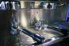 Foto di riserva - fine della macchina del caffè su Fotografie Stock