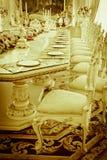 Foto di riserva - grandi stanza & salone di lusso di Dinning Immagine Stock
