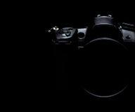 Foto di riserva scura/immagine della macchina fotografica moderna professionale di DSLR Immagine Stock