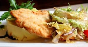 Foto di uno schnitze delizioso del pollo Immagine Stock