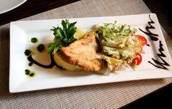 Foto di uno schnitze delizioso del pollo Fotografia Stock Libera da Diritti