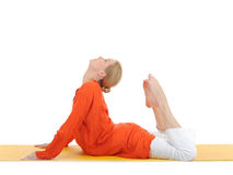 Foto di yoga o di serie. donna nella posa della cobra Fotografia Stock
