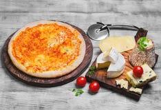 Foto do alimento do queijo da pizza quatro Imagens de Stock