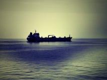Foto do amanhecer do petroleiro de óleo Fotografia de Stock