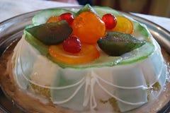Foto do cassata siciliano do bolo da sobremesa em uma placa Fotos de Stock