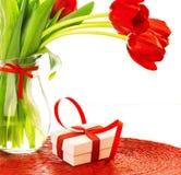 Presente para o dia de mães Fotos de Stock Royalty Free