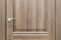 Foto do close up do cataloge de madeira novo das portas na loja b do construtor foto de stock