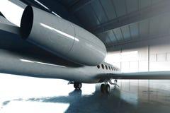 Foto do estacionamento genérico luxuoso lustroso branco do jato privado do projeto no aeroporto do hangar Assoalho concreto Curso imagem de stock