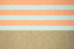 Foto do vintage, toalha de mesa listrada colorida como o fundo Fotos de Stock