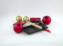 Foto dos dispositivos para o uso no sushi do alimento Fotos de Stock Royalty Free