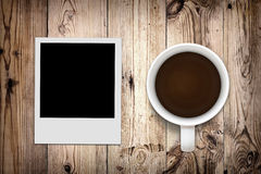 Foto e caffè in bianco Fotografia Stock Libera da Diritti