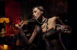 Foto einer jungen modernen Schönheit Lizenzfreie Stockbilder