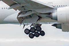 Foto eines mittleren Teils eines Passagierflugzeuges Stockfoto