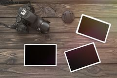 Foto en kamera på bakgrunden royaltyfri fotografi