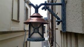 Foto för closup för hus för Latern lampa near utomhus arkivfoto
