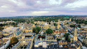 Foto för flyg- sikt av Oxford universitetet Royaltyfri Bild