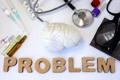 Foto för hjärnproblembegrepp diagramet 3D av hjärnan är nära ordproblem och uppsättning av medicinsk utrustning och förgiftar Idé arkivfoton