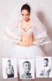 Foto frustrata dello sposo e della sposa Immagini Stock Libere da Diritti