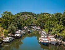 Río y barcos Fotografía de archivo