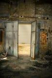 Foto industriale aperta del primo piano della porta immagini stock