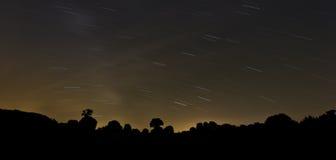Foto larga de la exposición del cielo nocturno Fotografía de archivo