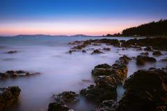 Foto lunga di esposizione di una parte della spiaggia di Pala Immagine Stock Libera da Diritti