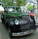 Foto macro com fundo decorativo de carros retros durante a exposição da tecnologia antiga na cidade europeia Fotos de Stock