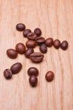 Foto macro dos grãos de café Fotografia de Stock