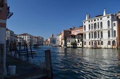 Foto maravillosa en la puesta del sol de Grand Canal en Venecia Viaje, días de fiesta, arquitectura 28 de marzo de 2015 Región de foto de archivo