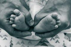 Foto met de benen van kinderen royalty-vrije stock afbeelding