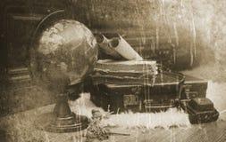 Foto mit gealterten Effekt Weinlese-Reisendeinzelteilen Lizenzfreies Stockbild