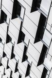 Foto moderna abstrata do vertical da arquitetura Imagens de Stock Royalty Free