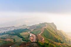 foto molle, foschia e nebbia di mattina, punto di vista di PhuTubberk e r Fotografie Stock