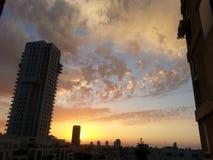 foto nebulosa do céu da cidade Fotografia de Stock Royalty Free