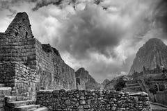 Foto negra y blanca de edificios en Machu Picchu Imagen de archivo