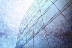 Foto okno w krajobrazie, z niebieskim niebem Zdjęcie Stock