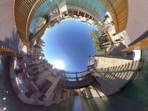 foto 360 på den Dubai gallerian royaltyfria bilder
