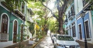 Foto panoramica di vecchia via di San Juan nel Porto Rico Fotografia Stock
