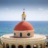 Foto panoramica di vecchia via di San Juan nel Porto Rico fotografia stock libera da diritti