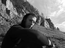 Foto preto e branco da excursão trekking do outono fotografia de stock